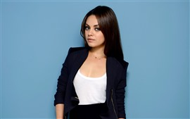 Preview wallpaper Mila Kunis 03
