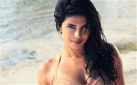 Priyanka Chopra 04