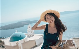 Preview wallpaper Smile Chinese girl, hat, summer, sea, Santorini, Greece