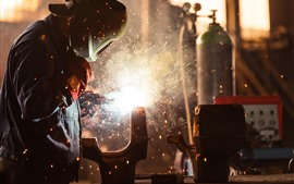 Preview wallpaper Sparks, welding, worker
