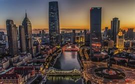 Tianjin, noche de la ciudad, río, puente, rascacielos, estilo HDR, China