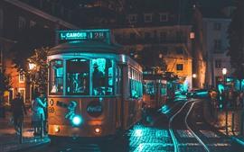 Трамвай, город, ночь