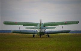 Vorschau des Hintergrundbilder Antonov An-2 Flugzeug, Rückblick, Boden