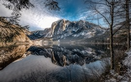Austria, Altaussee, mountains, trees, lake, water reflection