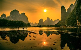 Preview wallpaper Beautiful nature landscape, Lijiang, mountains, sunshine, boat, morning, China