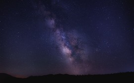 Preview wallpaper Beautiful starry, sky, night