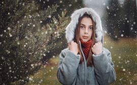 Ojos azules niña, abrigo, nevado, invierno.
