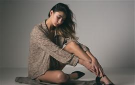 미리보기 배경 화면 패션 소녀, 포즈, 회색 배경