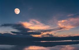预览壁纸 甘南,玛曲,湖,云,天空,月亮,中国