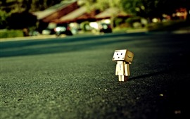 Preview wallpaper Lonely Danboard, road