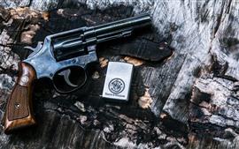 Revolver, briquet