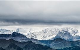 Suiza, Pilatus, montañas, nieve, nubes