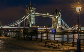 Preview wallpaper Tower Bridge, river, street, lamps, night, England, London