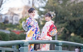 Preview wallpaper Two lovely Japanese girls, kimono, bridge