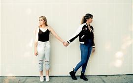 미리보기 배경 화면 두 젊은 여자