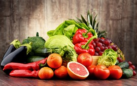 Legumes e frutas, repolho, pimentos, tomates, uvas, laranjas, pepinos