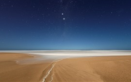 Preview wallpaper Beach, foam, sea, starry