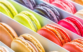 Preview wallpaper Colorful macarons, box