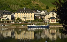 Preview wallpaper Germany, Cochem, town, house, river, ship