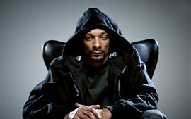 Snoop Dogg, singer
