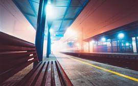 Estação de metro, luzes, banco