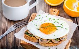 Petit déjeuner, pain grillé, œuf, café, oranges