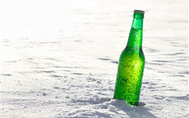 Preview wallpaper Green bottle of beer, snow