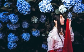 Preview wallpaper Retro style Chinese girl, blue hydrangea flowers