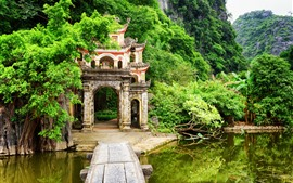 Preview wallpaper Vietnam, Ninh Binh Province, bushes, mountains, green, lake, archway
