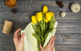 Preview wallpaper Yellow tulips, gift, rope