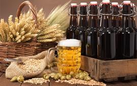Cerveja, espuma, trigo, lúpulo, garrafas