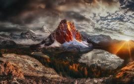 壁紙のプレビュー カナダ、ブリティッシュコロンビア州、山、雪、日没、太陽光線、湖、冬