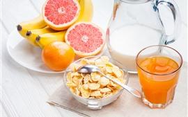 Delicioso café da manhã, suco de laranja, leite, banana, cereal, grapefruit