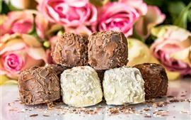 Десерт, шоколадные конфеты, розовый фон розы