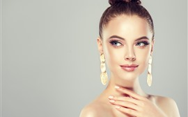 Preview wallpaper Fashion girl, hairstyle, earring, art photography