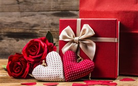 Red roses, two love hearts, gift, romantic