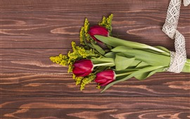 Preview wallpaper Red tulips, bouquet, wood board
