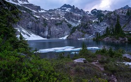 Канада, озеро, снег, деревья, горы, зима