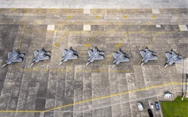 Preview wallpaper F-22 Raptor, airport, top view