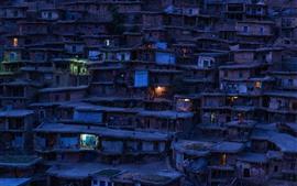 Иран, трущобы, деревня, ночь