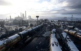 Aperçu fond d'écran Métro: Exodus, usine, neige, nuages