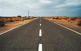 Estrada, deserto, linhas de energia