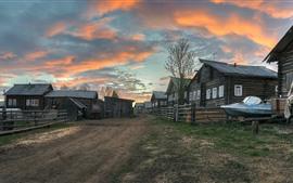 Arkhangelsk oblast, aldea, casas, camino, anochecer, Rusia