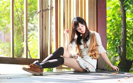Menina asiática, cerca, árvores, sol, verão