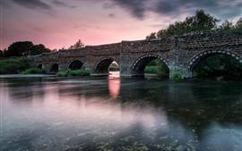 预览壁纸 桥,砖,河,黄昏