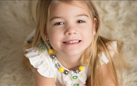Preview wallpaper Lovely blonde little girl, child, smile