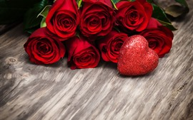 Preview wallpaper Red roses, love heart, shine, romantic