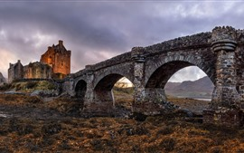 Preview wallpaper Scotland, The Eilean Donan Castle, bridge