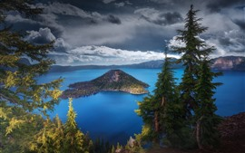 Preview wallpaper USA, Oregon, Crater Lake, trees, nature landscape