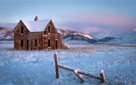 Preview wallpaper Winter, snow, house, mountains